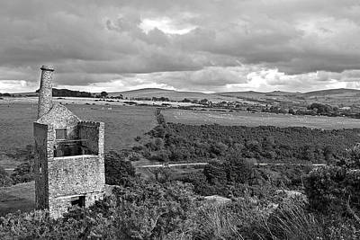 Engine House Photograph - Old Engine House At The Wheal Betsy Mine Dartmoor by Gill Billington