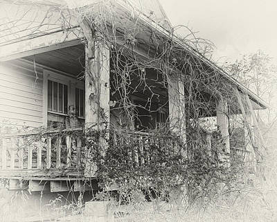 Screen Doors Photograph - Old House S Grand Sedalia 2 by Mark Furnell