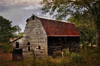Photograph - Old Oak Barn by Marty Koch
