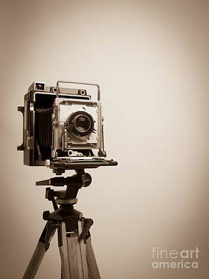 Old Press Camera On Tripod Print by Edward Fielding