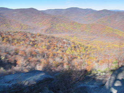 Old Rag Hiking Trail - 121231 Print by DC Photographer