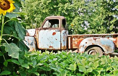 Sunflower Photograph - Old Truck by Sharon Popek
