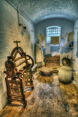 Vintage Clothes Photograph - Olde Wash Room by Ian Mitchell