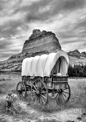 On The Oregon Trail 3 Bw Print by Mel Steinhauer