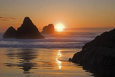 Orange Sunset Behind Offshore Rocks Print by Philippe Widling