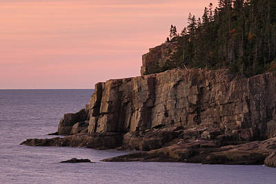 Otter Cliff At Dawn Print by Juergen Roth