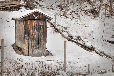 Snowy Digital Art - Outhouse For Bucks by Lori Deiter