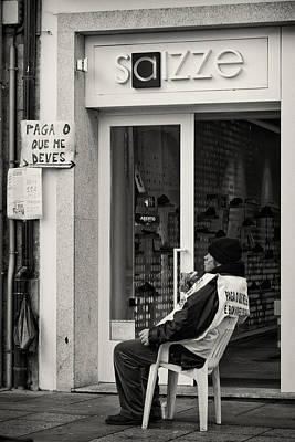 Que Photograph - Paga O Que Me Deves by Pablo Lopez