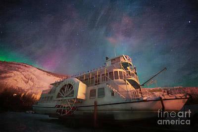Polar Aurora Photograph - Painterly Northern Lights by Priska Wettstein