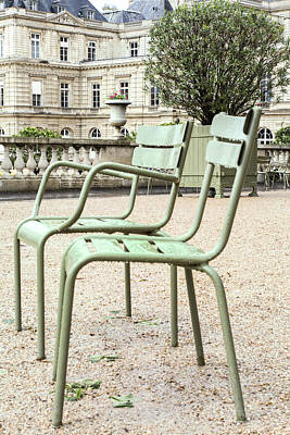 Empty Chairs Photograph - Paris Chairs by Georgia Fowler