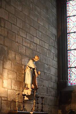 Lady Photograph - Paris France - Notre Dame De Paris - 01135 by DC Photographer