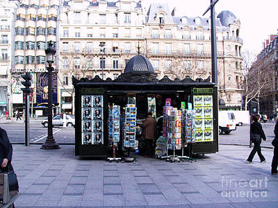 Paris Magazine Kiosk Print by Thomas Marchessault