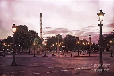 Paris Place De La Concorde Plaza Street Lamps - Romantic Paris Lanterns Eiffel Tower Pink Sunset Print by Kathy Fornal
