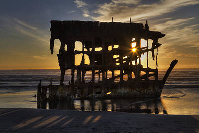 Peter Iredale Shipwreck Sunset Print by Mark Kiver