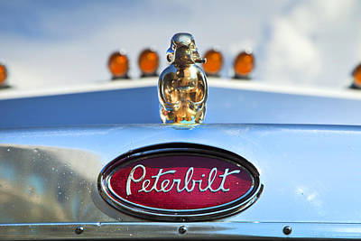 Theresa Leigh Photograph - Peterbilt 2 by Theresa Tahara