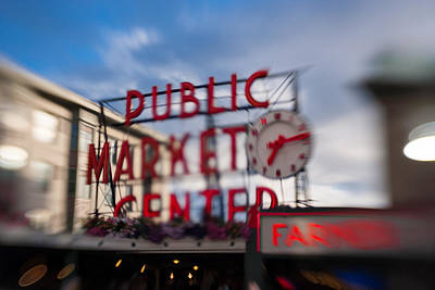 Metal Fish Art Photograph - Pike Place Public Market Neon Sign by Scott Campbell