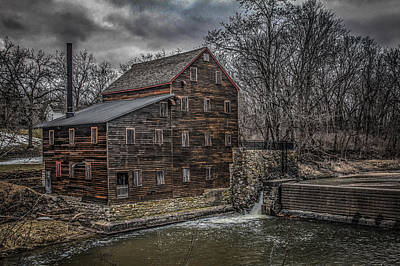 Muscatine Photograph - Pine Creek Mill by Ray Congrove