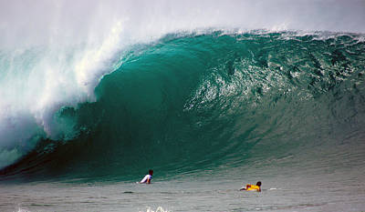 Pipeline Wave Hawaii Print by Kevin Smith