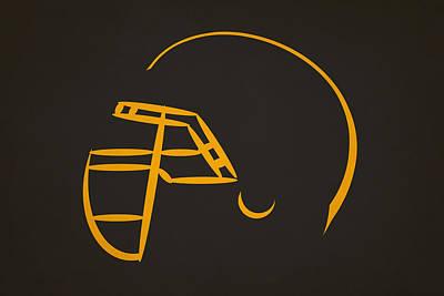 Pittsburgh Steelers Photograph - Pittsburgh Steelers Helmet by Joe Hamilton