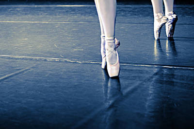 Pointe Print by Laura Fasulo