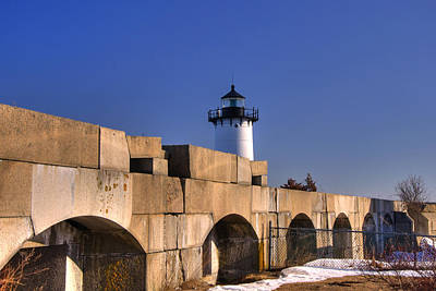 New Hampshire Photograph - Portsmouth Harbor Light 2 by Joann Vitali