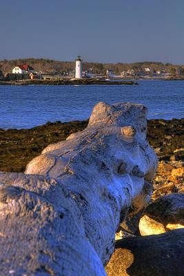 New Hampshire Photograph - Portsmouth Harbor Light by Joann Vitali