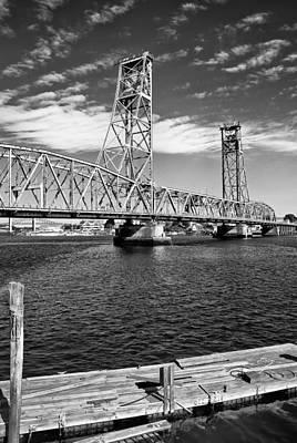 Portsmouth Photograph - Portsmouth Liftbridge by Joseph Smith