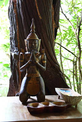 Praying Statue - Panviman Chiang Mai Spa And Resort - Chiang Mai Thailand - 01131 Print by DC Photographer