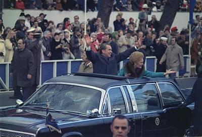 President And Mrs. Nixon Waving Print by Everett