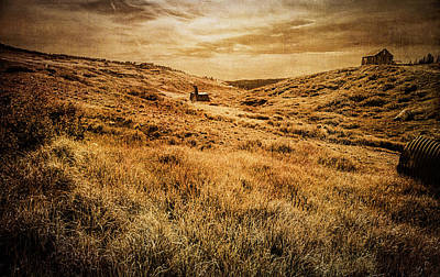 Ramshackle Photograph - Quartz Mountain 27 by YoPedro