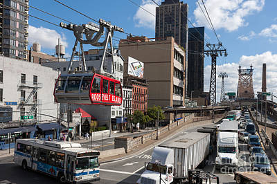 Aerial Tramway Photograph - Queensboro Bridge Traffic I by Clarence Holmes