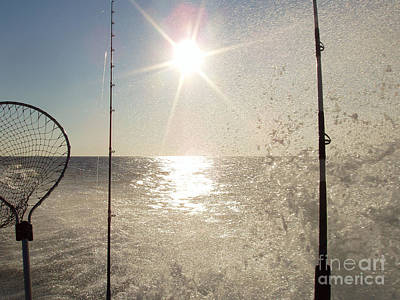 Photograph - Racing To The Fishing Grounds by John Telfer