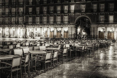 Rainy Plaza Original by Joan Carroll