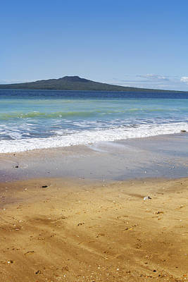 Rangitoto Print by Les Cunliffe