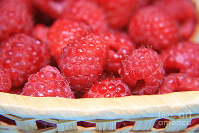Raspberries In A Basket Original by Lali Kacharava