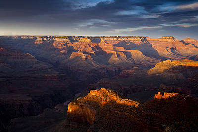 Receding Light At The Canyon Print by Andrew Soundarajan