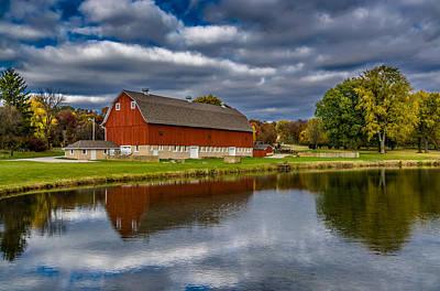 Red Barn In Autumn Print by Randy Scherkenbach