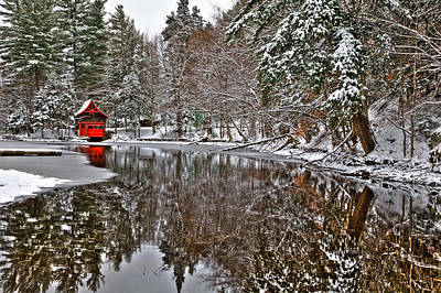 Red Boathouse In Winter Print by David Patterson