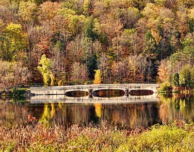 Red House Lake Original by John Freidenberg