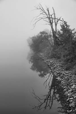 Reflections In Black And White Print by Dan Sproul