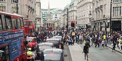 Crosswalk Photograph - Regent Street by Chevy Fleet