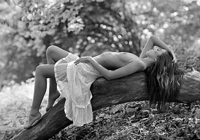 Nudes Photograph - Relaxation by Roman Lipinski ?