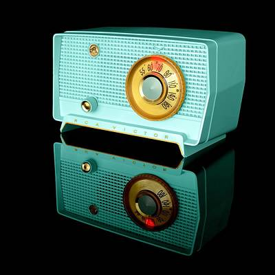 Retro Classic Table Radio Print by Jim Hughes