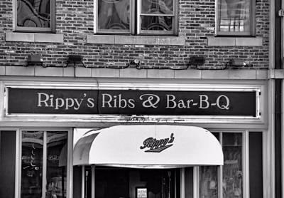 Rippy's Ribs And Bar Bq Print by Dan Sproul