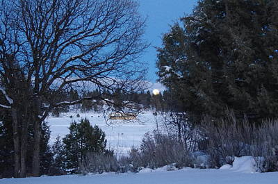 Harold Greer Photograph - Rising Moon by Harold Greer