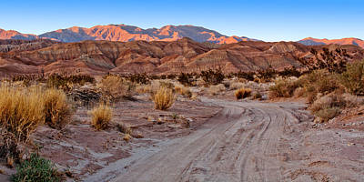 Widescreen Photograph - Road To The Badlands by Peter Tellone