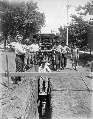 Construction Photograph - Road Workers In La by Underwood Archives