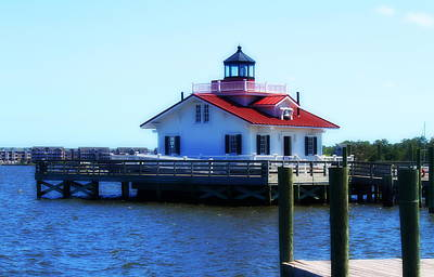 Bench Photograph - Roanoke Marshes Light 3 by Cathy Lindsey