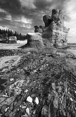 St. Laurent Photograph - Rocks by Arkady Kunysz