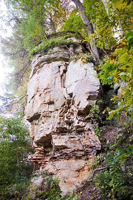Muscatine Photograph - Rocky Cliff Wildcat Den Muscatine Ia 1 by Cynthia Woods
